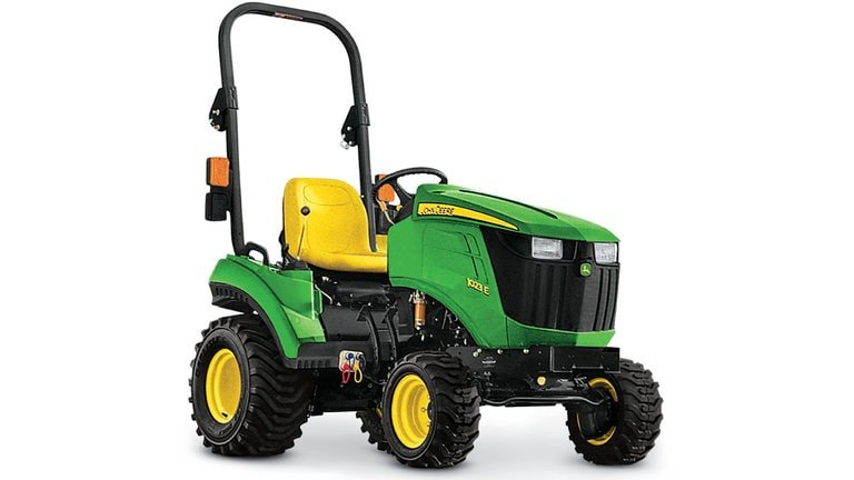 compact tractor Image